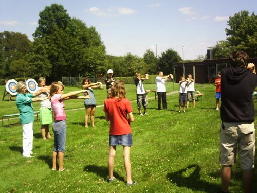 Zum Vergrößern bitte das Bild anklicken Ungarische Jugendgruppe zu Gast