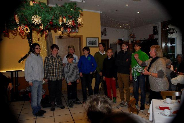 Zum Vergrößern bitte das Bild anklicken Weihnachtsfeier 2013